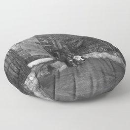 Een clochard op straat, Bestanddeelnr 254 0019 Floor Pillow