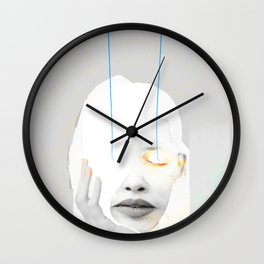 LES YEUX FERMÉS Wall Clock