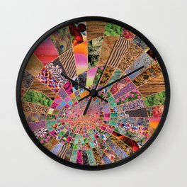 Shitty pink colored Clown Spiderweb Wall Clock
