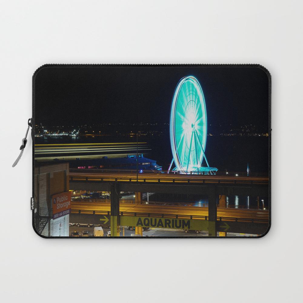 Ferris Wheels At Night Laptop Sleeve LSV7553161