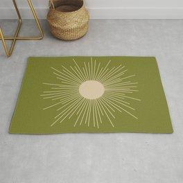 Mid-Century Modern Sunburst II - Minimalist Sun in Mid Mod Beige and Olive Green Rug
