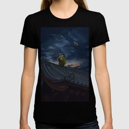 A Scouting Killer Bee Stalks Their Prey T-shirt
