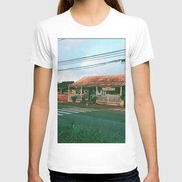 Haleiwa, Oahu, Hawaii T-shirt