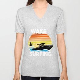 Retro Wake Surfing Gift Print Vintage Boat Lake Wakesurfing Print Unisex V-Neck
