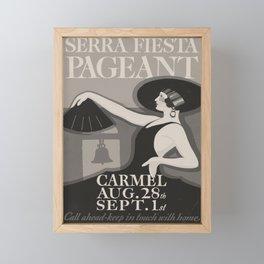 Siera Festa Pageant Affiche Framed Mini Art Print