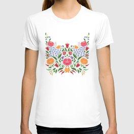 Hungarian folk pattern – Kalocsa embroidery flowers T-shirt