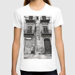 ABANDONED SICILIAN SOUND T-shirt