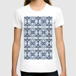 BLUE ABSTRACT LEAVES T-shirt