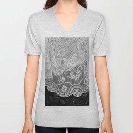 Vintage Romantic Lace Crochet Tablecloth Hanging Laundry Unisex V-Neck