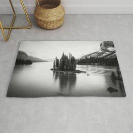 Maligne Lake | Black and White | Landscape Photography | Travel Alberta | Nature Rug