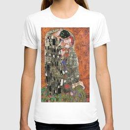 Rare Silver Coat Version of Gustav Klimt's 'The Kiss' T-shirt