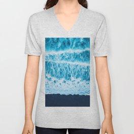 Ocean amour Unisex V-Neck