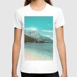 Teal Ocean Beach | Caribbean Clear Beaches Water Waves in Europe Mountain Landscape Beautiful Sky T-shirt