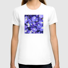 Glorious Royal Purple Iris Flowers T-shirt