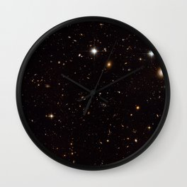 Hubble Space Telescope - The Spiderweb Galaxy and its surroundings (2006) Wall Clock