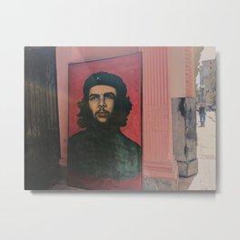 Che Guevara In A Havana Doorway Metal Print