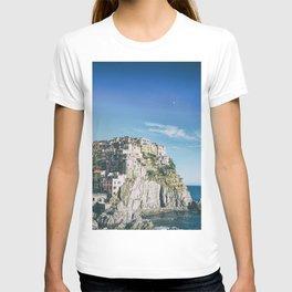 Manarola, Cinque Terre in Italy T-shirt