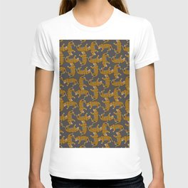 jaguar pattern fill in grey T-shirt