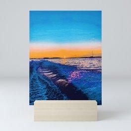 mírame  Mini Art Print