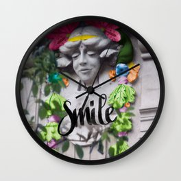 Smile - Cara Dura Proyect Wall Clock