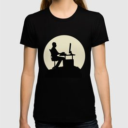 Fantastic Gamer And Moon Design T-shirt