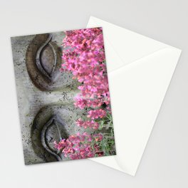 Stoney Eyes Through Flowers Stationery Cards