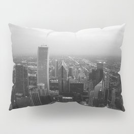 Chicago evening Pillow Sham