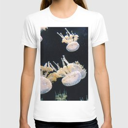 Pink jellyfish on black background T-shirt