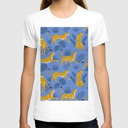 Leopard jaguar memphis blue pattern T-shirt