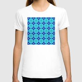 Hanukkah Holidays Star of David Elegant Geometric Pattern T-shirt