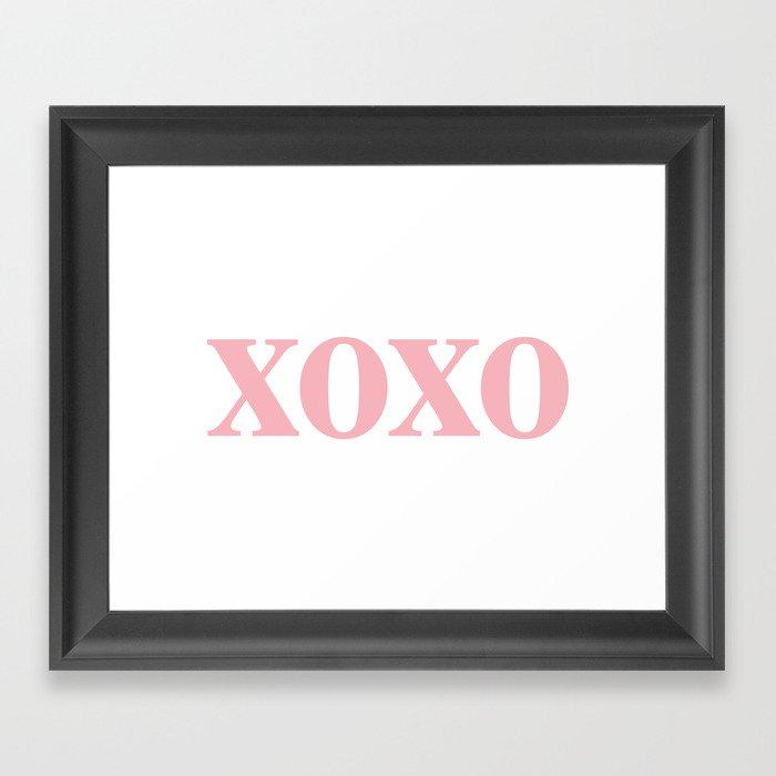 Coral XOXO Gerahmter Kunstdruck