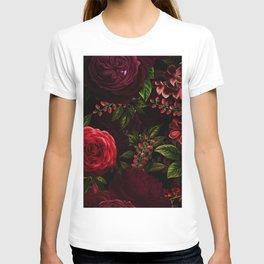 Vintage & Shabby Chic - Vintage & Shabby Chic - Mystical Night Roses T-Shirt
