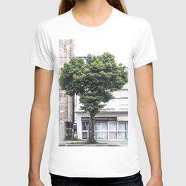 Heart shaped tree T-shirt