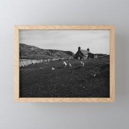 Scottish Sheep Familie - Black & White Art Print Framed Mini Art Print