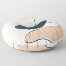 Wildline III Floor Pillow