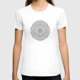 Round Patterns T-shirt