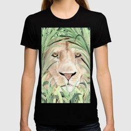 Lion staring through savanna grass, watercolor art.  T-shirt