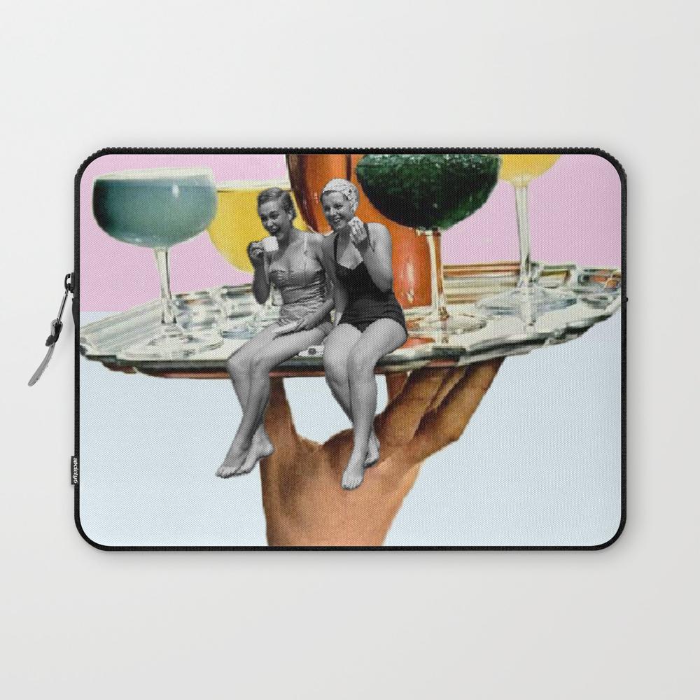 Drinking Buddies Laptop Sleeve LSV7723749