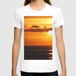 Sunset in the Bay T-shirt